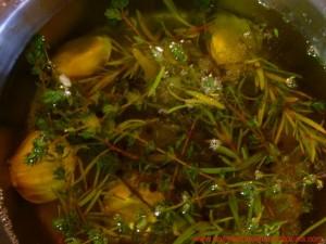Cochinillo confitado en su jugo a la naranja sanguina y plátano  frito