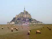 180px-mont-saint-michel-2004